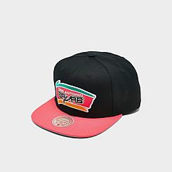 Men's Mitchell & Ness San Antonio Spurs NBA 2 Tone Classic HWC Snapback Hat